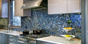 Мозаичные плиты в современном интерьере