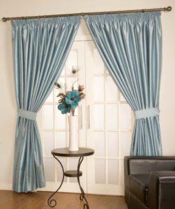 Голубые шторы — Приятные цветовые решения для красивого дизайна (82 фото)