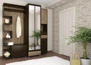 Практичный и стильный интерьер коридора