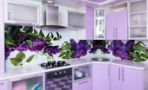 Оформление кухни с современными и стильными панелями