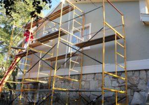 Такая универсальная и практичная конструкция как лестница-трансформер