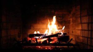 Камин в доме, тепло — в душе