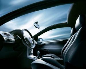 Проблемы с лобовым стеклом в автомобиле