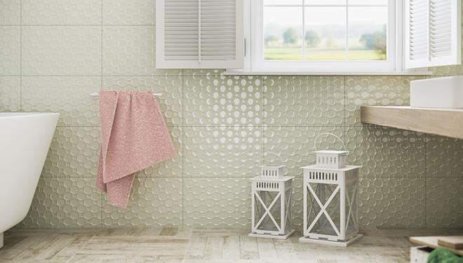 Покраска плитки в ванной