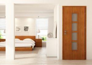 Двери из шпона — универсальный элемент любого интерьера