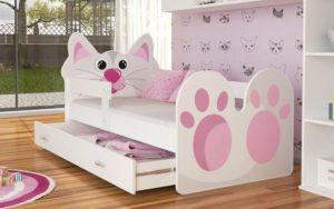 Кровать для девочки: детский взгляд и взрослый выбор