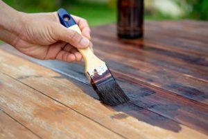 Краска для дерева: на что обращать внимание при покупке?